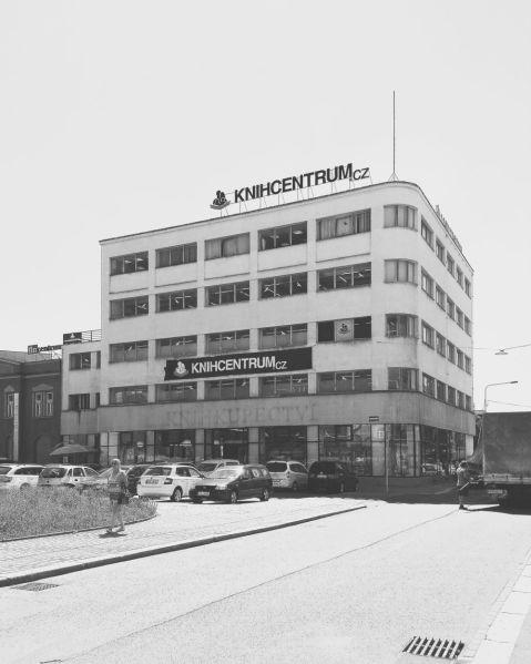 Obchodní dům Brouk aBabka